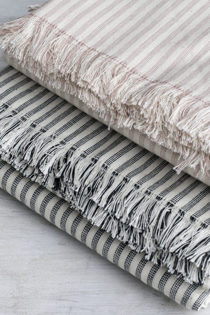 close-up-striped-tablecloths-folded