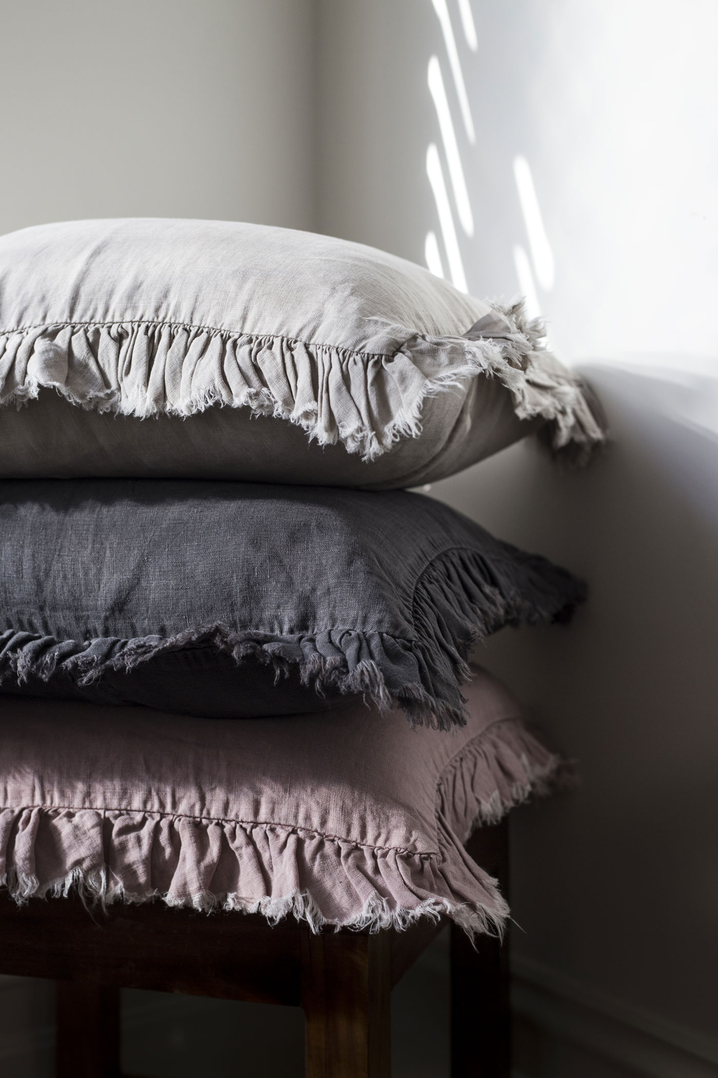 frilly-linen-cushions