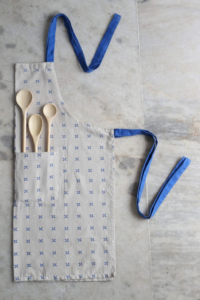 blue margherita apron