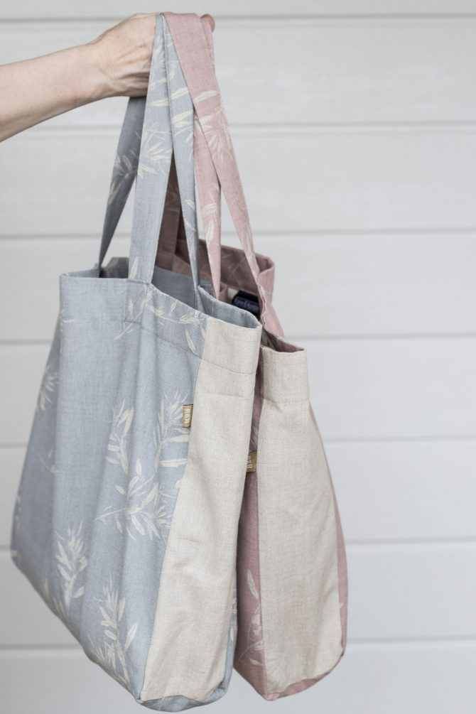 pink blue tote bags